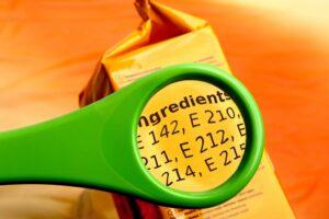 prodotti proteici per spuntini leggere le etichette
